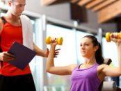 Fitnesstrainer © Minerva Studio – Fotolia.com